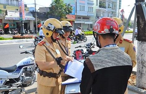 Thành Phố Đà Nẵng lắp camera trên mũ của CSGT